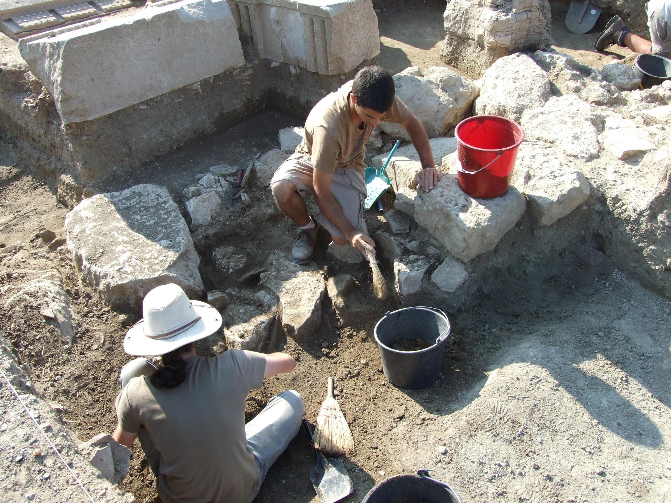 http://www.tfahr.org/images/2010FAlb021.jpg